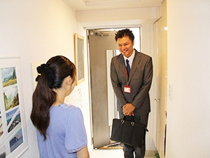 月収35万円~、自由な働き方。開業0円のスマホなどのサポートスタッフ。